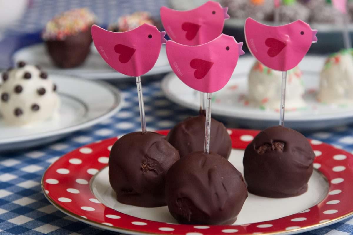 הבלוג של לייזה פאנלים | יומן מטבח קטן של עקרת בית גדולה | מילון כדורי השוקולד הגדול 5