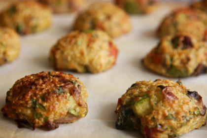 הבלוג של לייזה פאנלים | יומן מטבח קטן של עקרת בית גדולה | לביבות קינואה אפויות 4